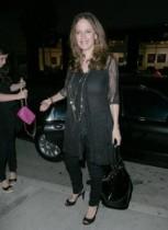 【イタすぎるセレブ達】女優ケリー・プレストン、49歳で18キロのダイエットに大成功。その喜びを語る。