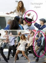 【イタすぎるセレブ達】ジェニファー・ロペス、24歳ダンサーの恋人とは今年夏から意気投合という証拠写真。