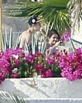 【イタすぎるセレブ達】ジャスティン&セレーナ、メキシコのリゾート地でバカンス満喫中。
