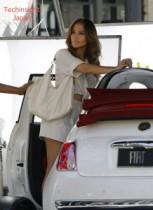 【イタすぎるセレブ達】ジェニファー・ロペス、出演中のフィアット車CMが反イランNPO団体のやり玉に挙げられる。