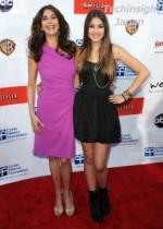 【イタすぎるセレブ達】女優テリー・ハッチャー、14歳の美しい娘エマーソンの女優デビューを応援か。