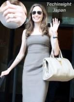 【イタすぎるセレブ達】アンジェリーナ・ジョリー笑顔で披露、「これが婚約指輪よ!」