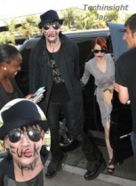 【イタすぎるセレブ達】これがジョニー・デップの現在の親友。マリリン・マンソンすごい顔で空港を歩く。