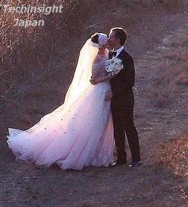 【イタすぎるセレブ達・番外編】女優アン・ハサウェイついに結婚。お相手はコメディ俳優アダム・シュルマン。