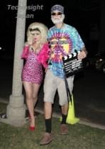 【イタすぎるセレブ達】ハロウィンパーティ、LA名物の男女に扮したこのセレブ夫妻はいったい誰!?