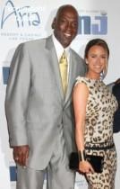 【イタすぎるセレブ達・番外編】バスケの神様マイケル・ジョーダン、16歳年下キューバ系元モデル美女と再婚。