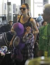 【イタすぎるセレブ達】アンジェリーナ・ジョリーが子連れでハワイへ! 映画『ソルト2』も実現へ前進。