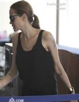 【イタすぎるセレブ達】アンジェリーナ・ジョリーの「両乳房切除告白」で、乳がん検査を受ける女性が急増。