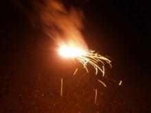【アフリカ発!Breaking News】6歳男の子、花火を飲み込んで死亡。(南ア)