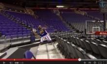 【米国発!Breaking News】バスケ界に奇跡のプレー! 33.45mの世界最長ロングシュートが決まる。<動画あり>
