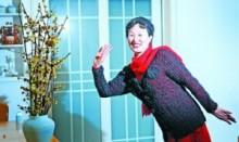 【アジア発!Breaking News】中国の女性、抜け落ちた自分の頭髪でセーターを編む。夫にも帽子をプレゼント。