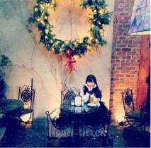 """【エンタがビタミン♪】小嶋陽菜がNYで""""秋元康ゆかりのカフェ""""へ。名曲の歌詞が生まれた場所で感慨ひたる。"""