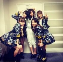 【エンタがビタミン♪】前田敦子がAKB48リクアワで初期メンバーと写った1枚。「やっぱり存在感ある」と反響。