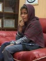 【中東発!Breaking News】タリバンの兄に爆弾チョッキを着せられた10歳少女、保護される。(アフガニスタン)