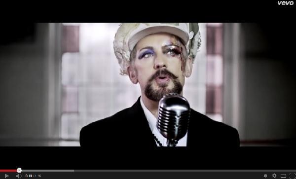 【イタすぎるセレブ達】「カルチャー・クラブ」で大ブレイクしたボーイ・ジョージ、超美声は変わらず。<動画あり>