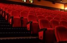 【アジア発!Breaking News】寂しい男たちが結託。バレンタインデーの映画館でとんでもない嫌がらせ。(中国)
