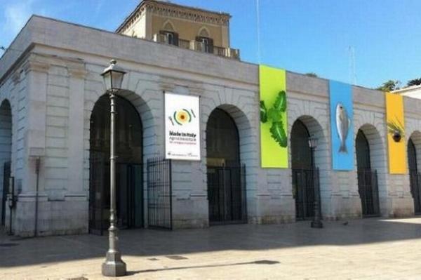 【EU発!Breaking News】美術館の清掃係、現代美術作品をゴミと間違え処分する。(伊)