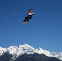 【エンタがビタミン♪】ソチ五輪、スノーボードのスタート地点で編み物をする人が話題に。「いったい何故?」