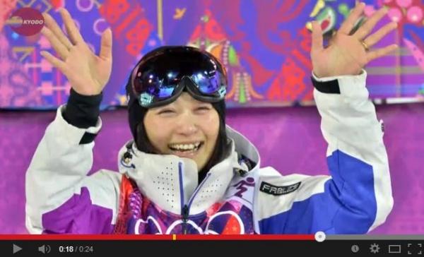 ソチ五輪・モーグル女子で4位入賞した上村愛子選手(画像はYouTubeのスクリーンショット)