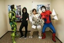 【エンタがビタミン♪】金爆が『アメイジング・スパイダーマン2』の強敵キャラに変身。喜矢武豊は段ボールで自作。