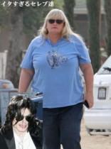 【イタすぎるセレブ達】故マイケルの家族は猛反発。元妻デビー・ロウさんが遺児らの後見人に?
