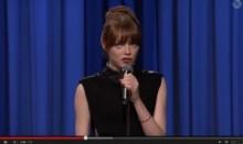 【イタすぎるセレブ達】エマ・ストーン、目をむいてのハジけた超高速口パクを大絶賛される。<動画あり>