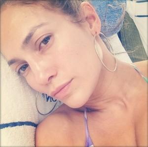 【イタすぎるセレブ達】ジェニファー・ロペス(44)、美しすぎるスッピン顔を公開。