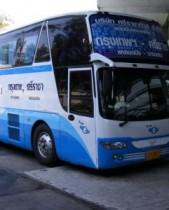 【アジア発!Breaking News】タイのバス、女性乗務員の20%が紙オムツ着用。トイレ休憩すら惜しんで長時間労働。