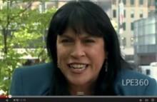 【米国発!Breaking News】世界一早口のNY女性、童話「三匹の子豚」音読はたったの15秒。<動画あり>