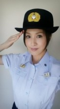 【エンタがビタミン♪】藤原紀香が女性消防官の制服姿を披露。元消防団員も「敬礼が綺麗」と絶賛。