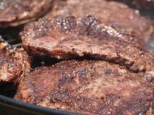【米国発!Breaking News】増えている「肉アレルギー」。マダニに刺された過去はない?(バージニア州)