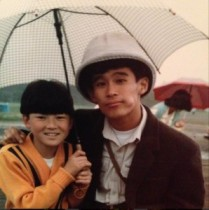 【エンタがビタミン♪】浅野忠信が小学生時代に柳沢慎吾と撮ったツーショット。意外な組み合わせにファンも驚く。