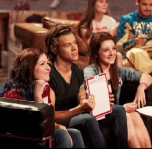 【イタすぎるセレブ達】「1D」ハリー・スタイルズ、ショーの最中にファンに「僕と結婚してくれない?」