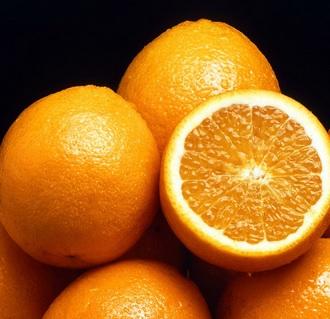 【アフリカ発!Breaking News】オレンジを大量に投げつけられた農夫が死亡。同じ農場で働く2名逮捕。(南ア)