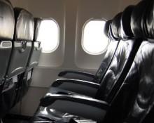 【アジア発!Breaking News】薬物使用の乗客、フライト中の機内ドアを開けようとして逮捕。(台湾)