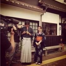 """【エンタがビタミン♪】大島麻衣がかすりの着物で""""和服美人""""に。「女将さんみたいで素敵」と反響。"""