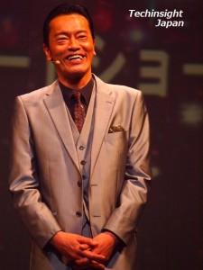 イベントで笑顔を見せた遠藤憲一
