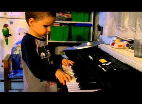 【海外発!Breaking News】神童! 3歳の盲目・天才ピアニストがスロバキアに現る。<動画あり>