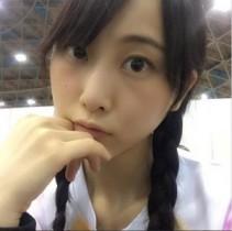 """【エンタがビタミン♪】SKE48・松井玲奈が""""すっぴん風""""と自己申告した1枚。三つ編み姿に「透明感凄い」!"""