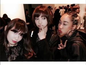 小嶋陽菜、篠田麻里子、青山テルマ(画像はinstagram.com/maricollet3より)