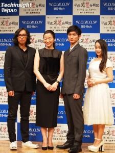 左から行定勲監督、鈴木京香、高良健吾、塩ノ谷早耶香。