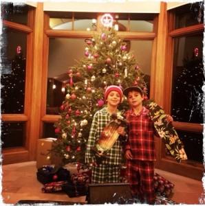 クリスマスイブに嬉しそうな息子たち(画像はinstagram.com/britneyspearsより)