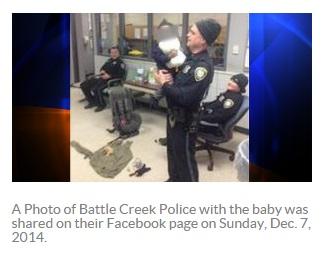 ミシガン州の警察署、赤ちゃん置き去り事件で大忙し(画像はktla.comのスクリーンショット)