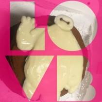 """【エンタがビタミン♪】河西智美の作成した""""ベイマックスケーキ""""が好評。「4時間の力作」と本人も自信。"""