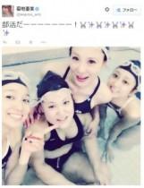 【エンタがビタミン♪】菊地亜美が芹那、手島優、バービーと競泳水着姿に。過酷な練習で「足パンパン」。