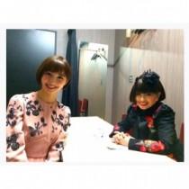 【エンタがビタミン♪】篠田麻里子、黒柳徹子との貴重なツーショット。お揃いヘアで息もぴったり。