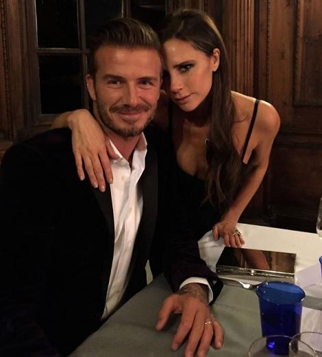"""ベッカム夫妻の""""教育方針""""が話題に(画像はfacebook.com/Beckhamより)"""