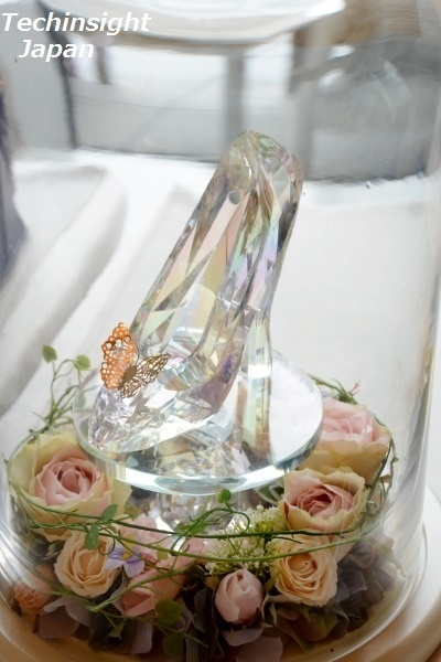 映画『シンデレラ』で登場するガラスの靴