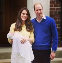 【イタすぎるセレブ達】英シャーロット王女誕生に大喜びの祖父・チャールズ皇太子。思わず介護ジョークも!
