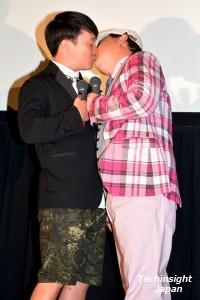 上島からのキスを待っていた!? 濱田岳と上島竜兵